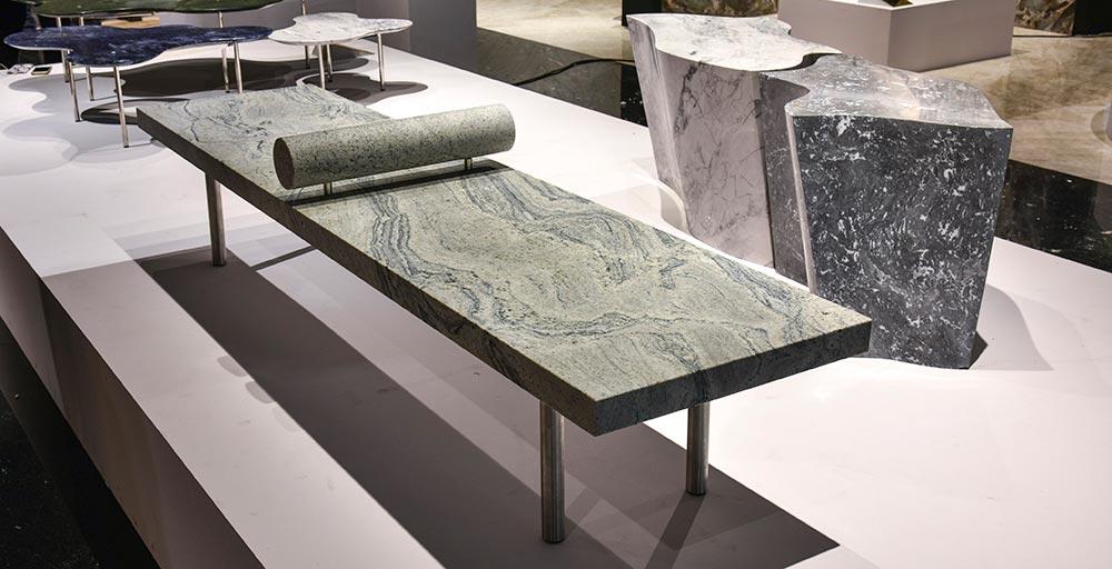 Pedras brasileiras viram obras de arte nas mãos de designers consagrados