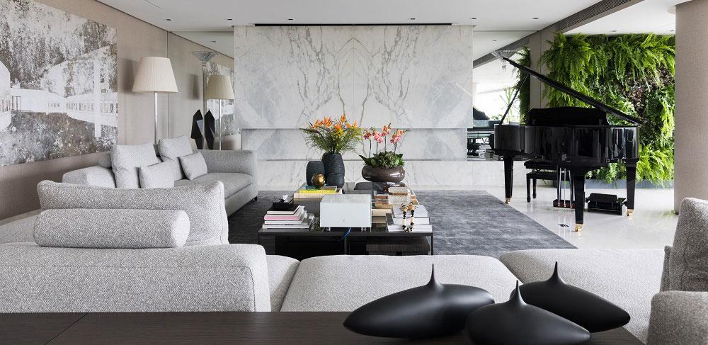 Apartamento com vista tem espaço especial para o piano