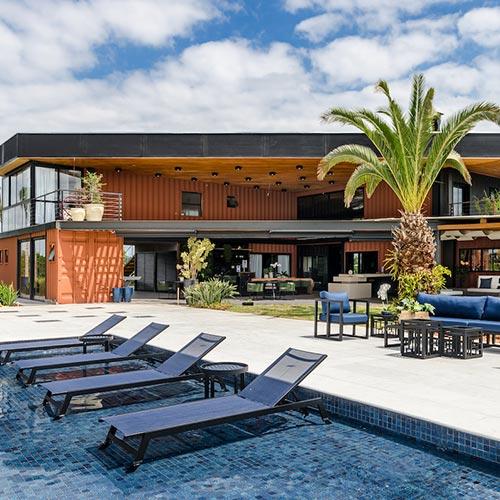 Área de lazer é inspirada em resorts caribenhos