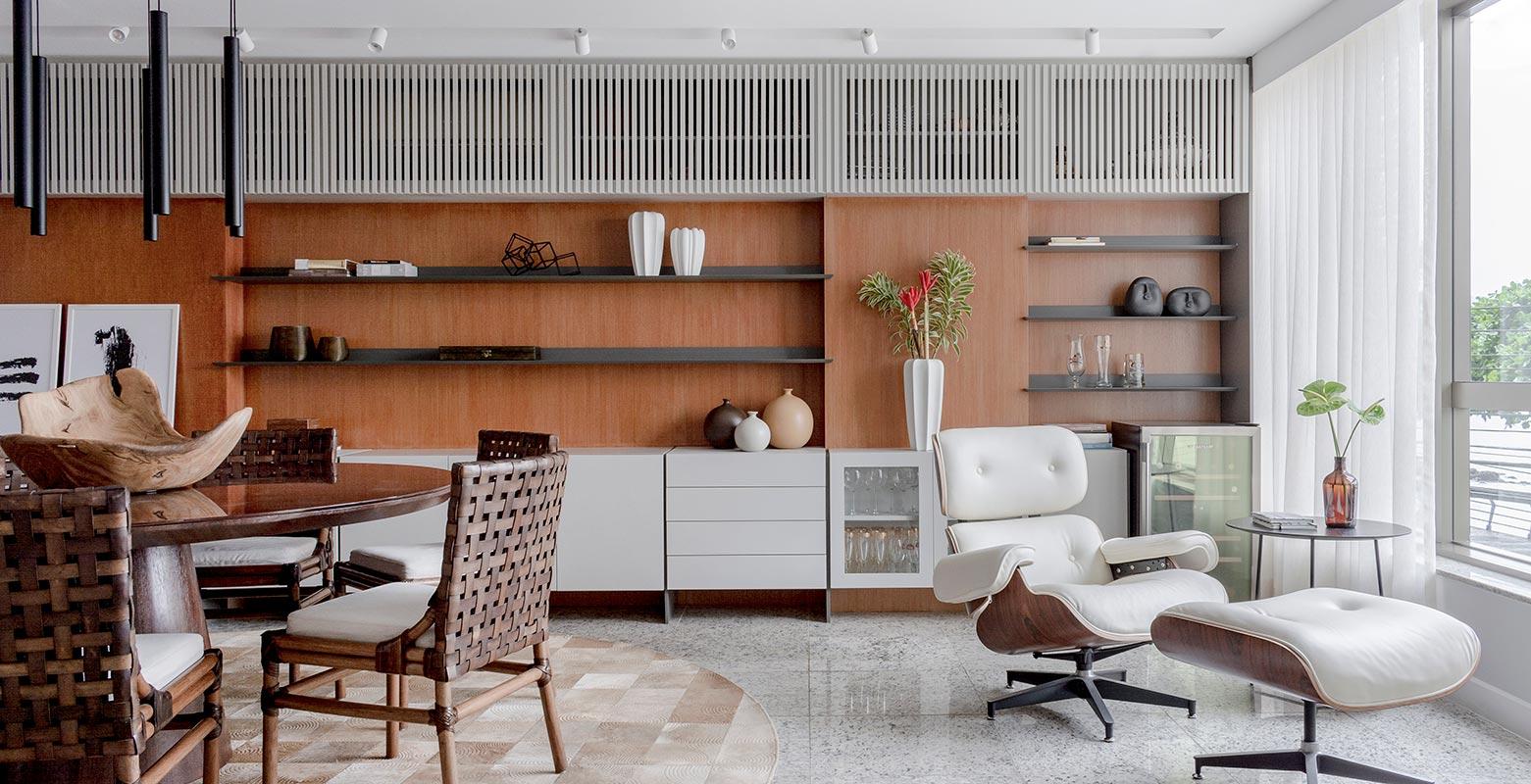 Sala de estar de 53 m² é modernizada após 10 anos