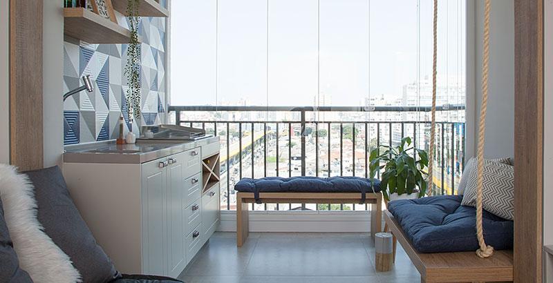 Apartamento de 53 m² possui varanda gourmet e até closet