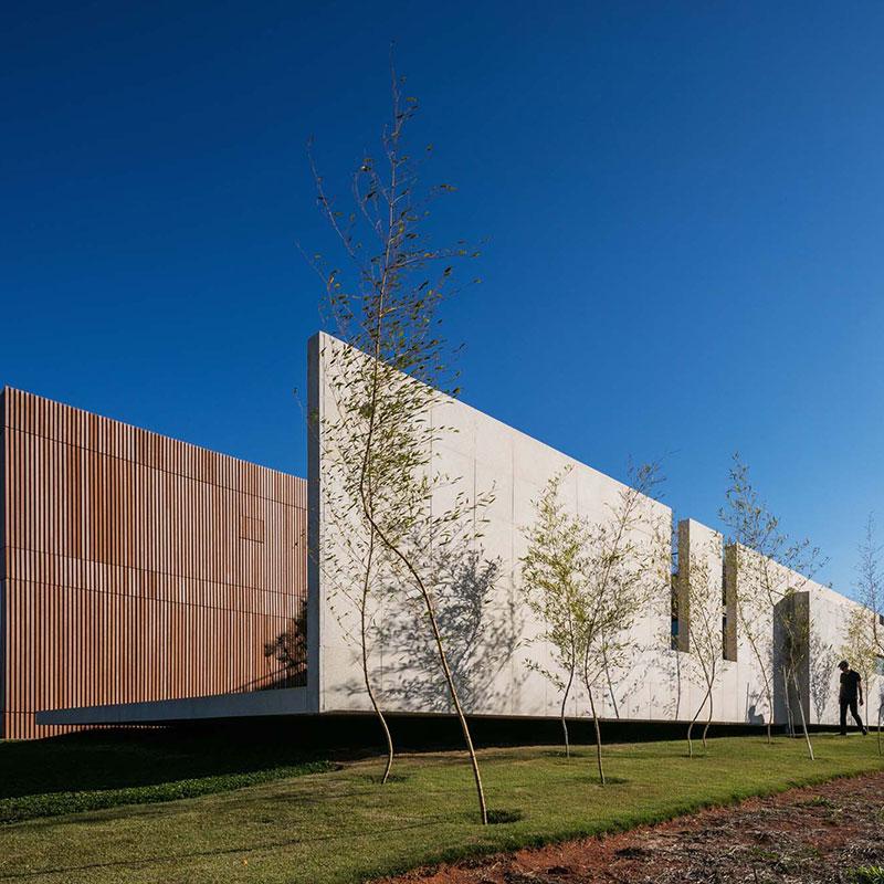 Projeto arquitetônico proporciona convívio social e contemplação da paisagem