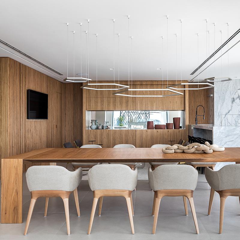 BRASIL EM FOCO: Apartamento com vista para o Parque Birigui é assinado por Giuliano Marchiorato
