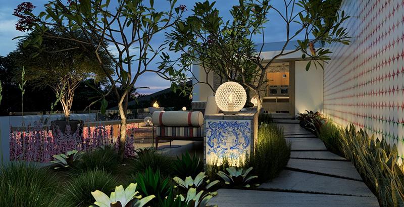 Café integrado ao jardim possui painel composto por 2 mil azulejos