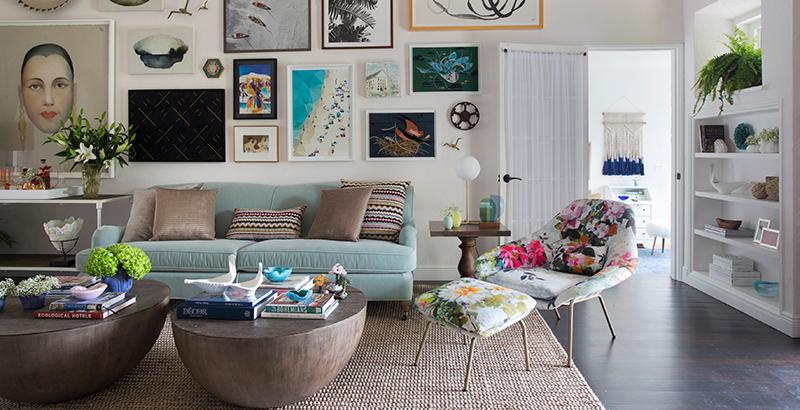 Casa de 300 m² em Miami ganha décor com história e muitas flores