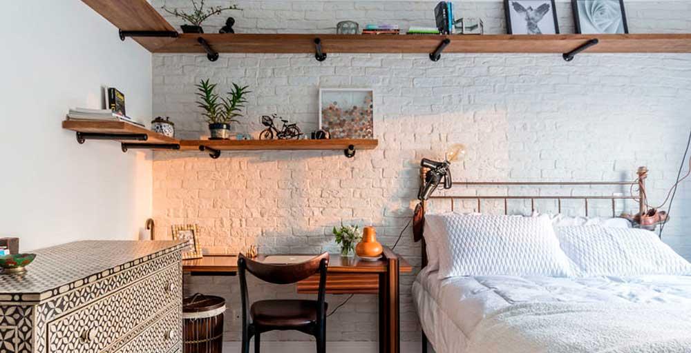 Dúplex em São Paulo ganha décor contemporâneo com peças de design
