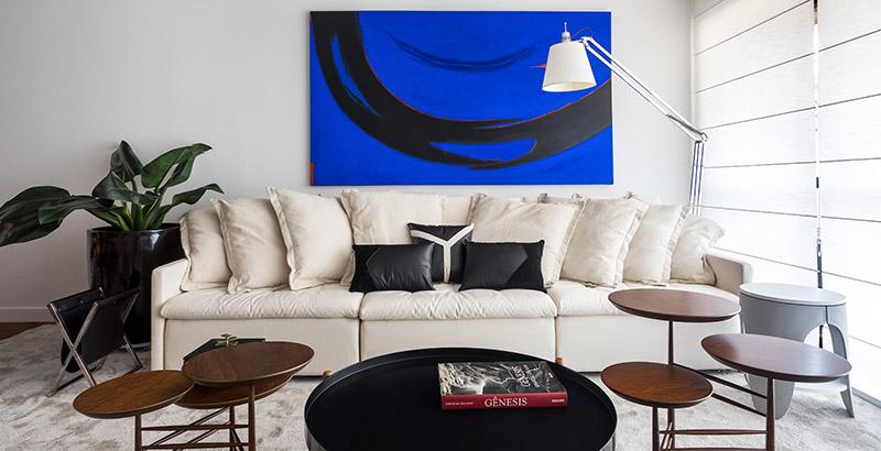 A arte é o grande destaque deste apartamento em Curitiba