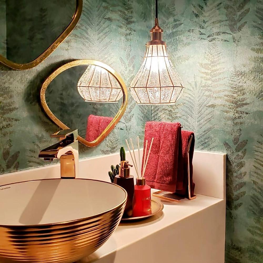 5 lavabos com papel de parede