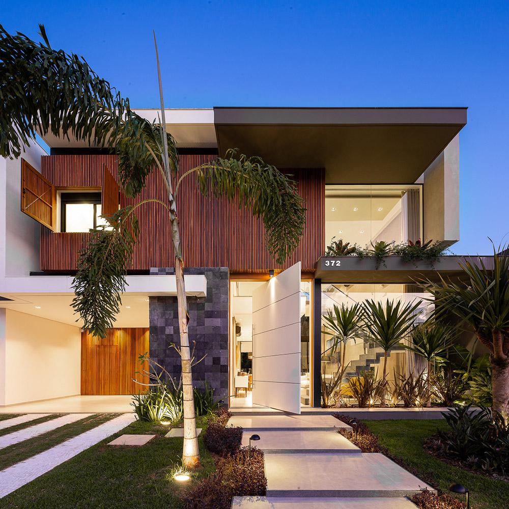 Casa de praia se integra à Mata Atlântica
