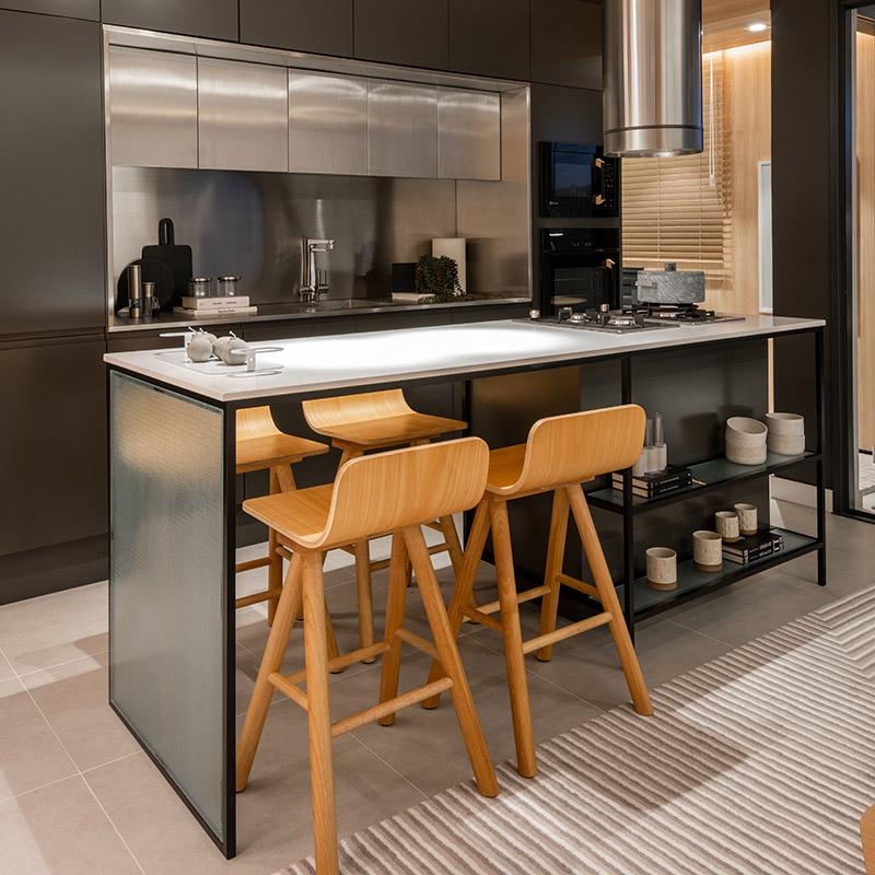 Apartamento de 89 m² tem décor neutra e minimalista