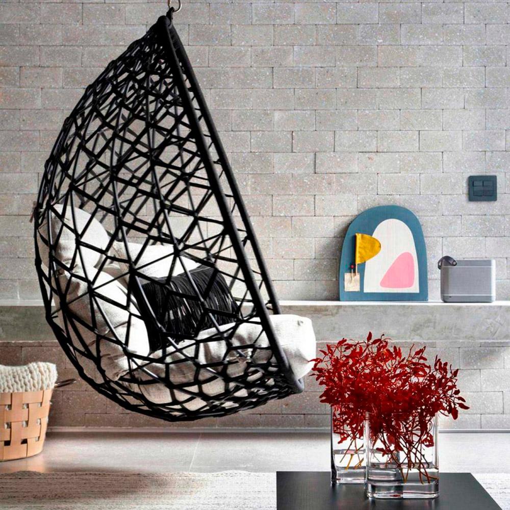 Apê de 100 m² com balanço na sala de estar